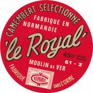 ETIQUETTE DE  CAMEMBERT MOULIN DE VER 61 Z LE ROYAL - Cheese