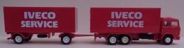 Camion UNIC - Massstab 1:87