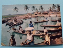 AFRIQUE EN COULEURS Life On The River / Anno 19?? ( Zie Foto Details ) !! - Cartes Postales