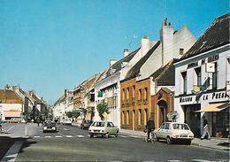 Lillers - La Place Jean Jaurès - Véhicules D'époque - Lillers