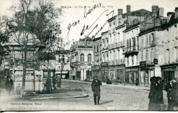 N°52593 -cpa Blaye -le Cours De L'hôtel De Ville- - Blaye