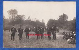 CPA Photo - Portrait D'officiers Du 8e Régiment à Identifier - Soldats En Manoeuvre - Militaria