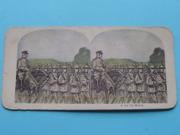 ON THE MARCH ( 5 ) Militair : Zie Foto´s Voor Detail ! - Stereoscopic
