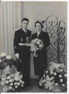 Photo Couple ,gendarme - Anonymous Persons