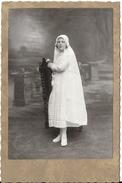 P63 Photo De Communiante Vers 1900 - Photos