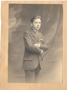 P64 Photo De Jeune Homme Signée Waléry Paris Vers 1900 100x147 - Photos