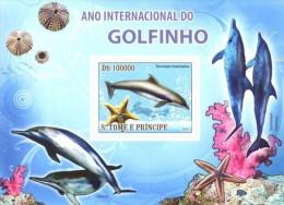 S. TOME & PRINCIPE 2008 - Year Of Dolphins S/S - YT  BF449, Mi Bl.662, Sc 1909 - Sao Tome En Principe