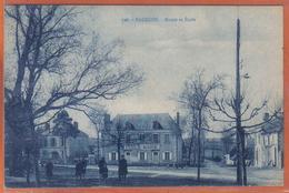 Carte Postale 36. Badécon  Mairie école   Trés Beau Plan - France