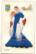 CARTE BRODEE , Costume Folklorique MADRID Avec Blason - Borduurwerk