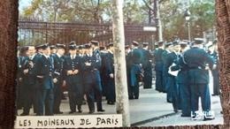 CPSM BUFFIER HUMOUR LES MOINEAUX DE PARIS PHOTO ET LEGENDES METIER POLICIERS - Humor