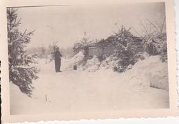 Foto Deutscher Soldat - Unterstand Im Winter - 2. WK -  8*5cm (25890) - War, Military