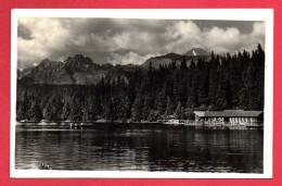 Slovaquie. Strbské Pleso. Le Lac De Strba Et Les Hautes Tatras. Activités Balnéaires. 1948 - Slovaquie