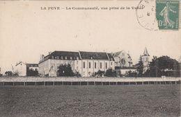 G , Cp , 86 , LA PUYE , La Communauté, Vue Prise De La Vallée - Francia