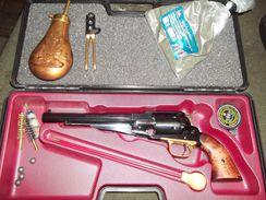Coffret Complet Revolver Poudre Noire. - Sammlerwaffen