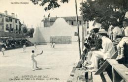 64  SAINT  JEAN DE LUZ UNE PARTIE DE PELOTE A LA CHISTERA - Saint Jean De Luz