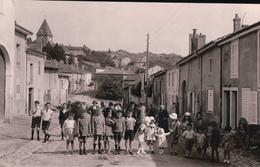 Photo Carte 14,3x9,1 Cm EULMONT Rue Principale Très Animée - Autres Communes