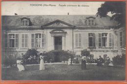 Carte Postale 52. Poissons Façade Intérieure Du Chateau  Trés Beau Plan - Poissons