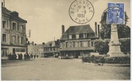 BEUZEVILLE - Le Monument Aux Morts , Route De Pont L'Evêque - Other Municipalities