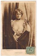 """FANTAISIE SPECTACLE ARTISTE FEMME FRAU LADY Illustrée Photo Reutlinger Ed Jeangette """" CHEVILLY """" Décolleté - Women"""