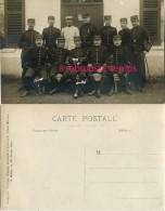 Un Groupe D'officiers-képis-23e, 19e, 1er,30e, 15e,53e,16e,80e,38e Régiments - Guerre, Militaire