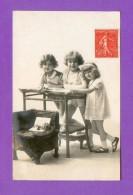CPA  FANTAISE  ENFANTS  ~   662  Trois Enfants  ( CB Ou BC Paris 1927 ) - Fantasia