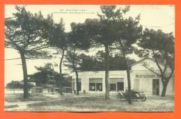"""CPA 83  Cavalaire """"  Restaurant Des Bains Et La Mer  """" Automobile - LJCP 10 - Cavalaire-sur-Mer"""