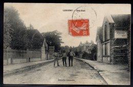 LUCIGNY 10 - Une Rue - Petite Animation - Carte Rare - France