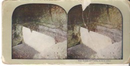 The Tomb Of Christ, As It Is Today. Interior Of Christ's Tomb. Damage On Right Side - Stereoscope Cards