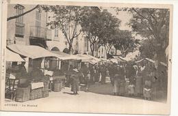 CPA,  Précurseur N° 219, Antibes, Le Marché  Animée , Ed. P.L.M., Dos Simple 1900 - Antibes