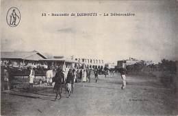 DJIBOUTI - Le Débarcadère - CPA - - Djibouti