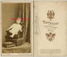 CDV En 1869-portrait De Georges PETIT Bébé-photographe Trinquart 10 Rue De Port Mahon à Paris - Photos
