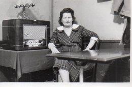 En écoutant La Radio( Normende ?) Vers 1950 .... - Oggetti