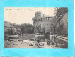 METZ - 57 -  Porte Des Allemands  Et Anciens Remparts    - ENCH0616 - - Metz