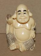 Petite Statue De Bouddha En Résine - Asian Art