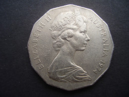 AUSTRALIA 1974 TWELVE SIDED 50 CENTS USED COIN VERY FINE. - 50 Cents