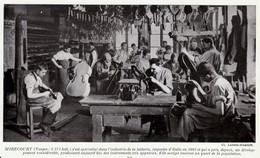 1950 - Iconographie Documentaire - Mirecourt (Vosges) - Un Atelier De Lutherie - FRANCO DE PORT - Old Paper