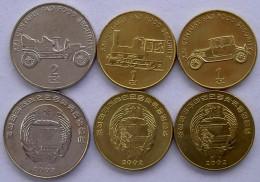 NORD NORTH COREA KOREA 2002 SERIE 3 MONETE 1-1-2-CHON LOCOMOTIVE AUTOMOBILI ANTICHE FDC UNC - Corea Del Nord