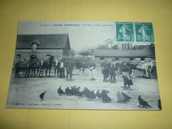 Ancienne Carte Postale Ecrite Timbrée Cpa Bois Ricard Ferme Normande Cote Nord Gée Agriculteurs Tres Animées - Altri Comuni