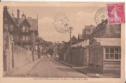 76  Les Petites Dalles  Rue De La Mer - France