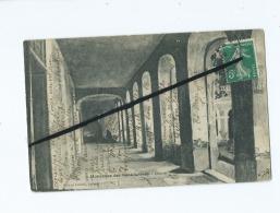 CPA -   Balleroy  à Identifier :  Monastère Des Bénédictines  -  Cloitre - Livres