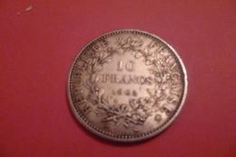Trés Belle Piéce De 10 Franc En Argent .--1965 . - France