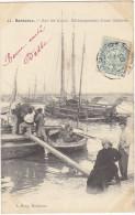 33 - BORDEAUX - Sur Les Quais - Débarsuement D'une Gabarre - Voyagée 1905 - BE - Bordeaux