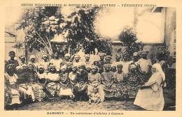 DAHOMEY  COTONOU  UN CATECHISME D'ADULTES   SOEURS MISSIONNAIRES NOTRE DAME DES APOTRES VENISSIEUX - Dahomey