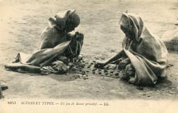 JEUX DE DAMES(TYPE) ALGERIE - Cartes Postales