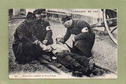 BRANCARDIERS SECOURANT UN BLESSE FRANCAIS  1914 - Guerre 1914-18