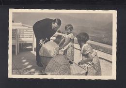 Dt. Reich AK Adolf Hitler Saarkinder Als Sommergäste Bei Der Schwester Am Obersalzberg - Historische Figuren