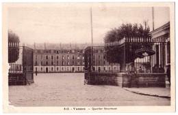 CPA N°813 - VANNES 56 Morbihan - 1937 Caserne  Quartier Sénarmont  - Edit. J. Nozais - Kasernen