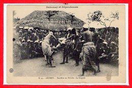 AFRIQUE -- DAHOMEY -- Sacrifice Au Fétiche - La Saignée - Dahomey