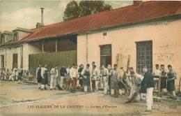 LES PLAISIRS DE LA CASERNE  ATELIERS D'OUVRIERS  2em  COMPAGNIE CHASSEURS FORESTIERS BESANCON - Guerre 1914-18