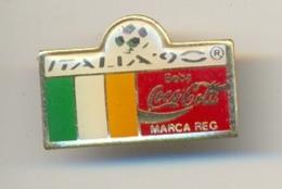 13-col1. Pin Coca Cola. Italia-90. Bandera Irlanda - Coca-Cola